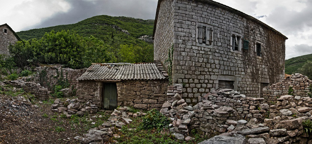 Abandoned village in Gornja Lastva