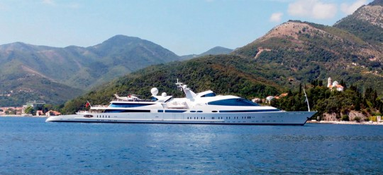 Porto Montenegro Karte.One Of The Largest Yachts In The World Owned By The Governor Of The
