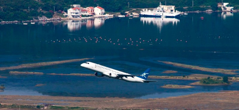 The air company Montenegro Airline resumes its flights to Paris and the south of Italy
