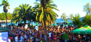 People's Beach Bar