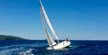 Photo Rent Comfort 30. Sailing yacht. Rent in Montenegro