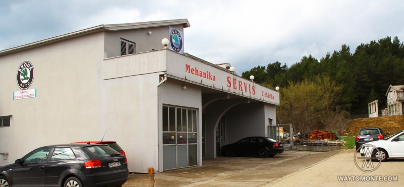 Auto salon Škoda.photo