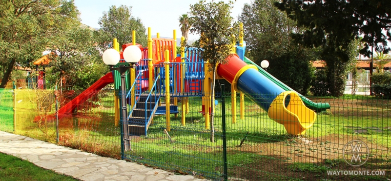 Children's playground in Budva.photo